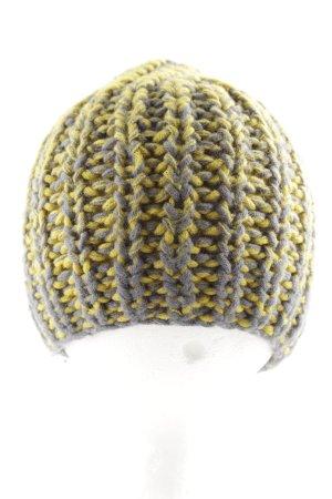 COS Cappello a maglia grigio chiaro-giallo pallido punto treccia stile atletico
