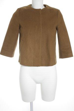 COS Chaqueta de lana marrón look casual