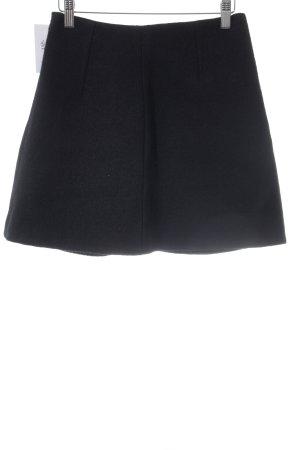 COS Wollrock schwarz minimalistischer Stil