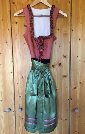 Country Line Dirndl