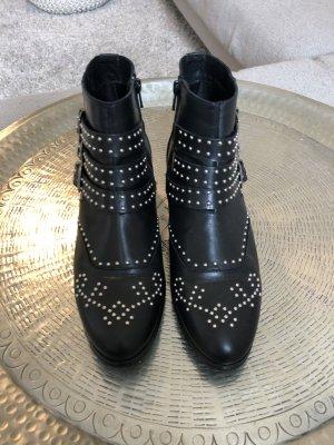 Cowboy Boots mit Nieten