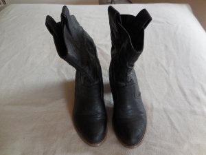 Cowboystiefel in schwarz von Tally Weijl