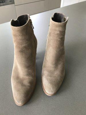 Booties beige