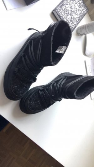 Cox Boots black