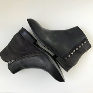 COX Chelsea boots
