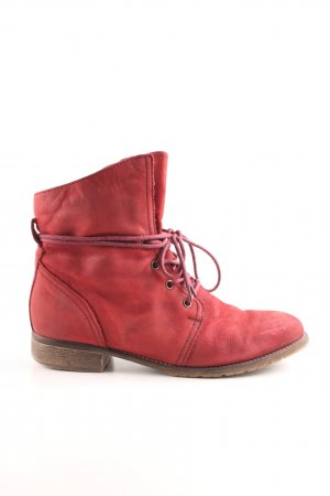 Cox Short Boots red casual look