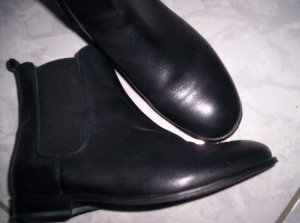 Cox Slip-on Booties black leather