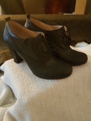 Cox Lace Shoes black leather