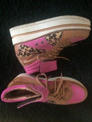 Crazy Braun Pinke Schuhe