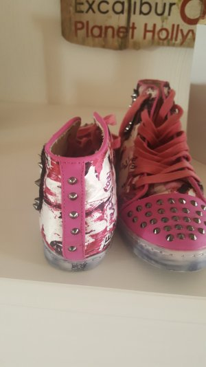 crazy Sneaker in Pink