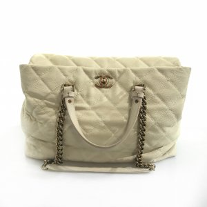 Cream Chanel Shoulder Bag