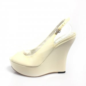 Cream Gucci High Heel