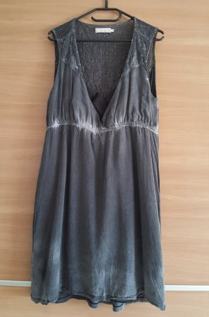 Cream Kleid Grau Gr. 44 #289