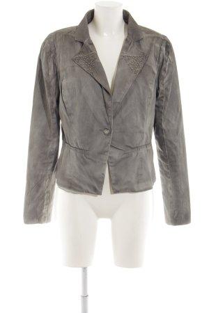 Cream Kurz-Blazer hellgrau Street-Fashion-Look