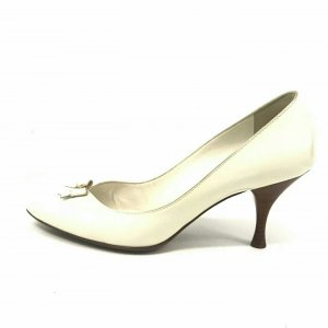Cream Louis Vuitton High Heel