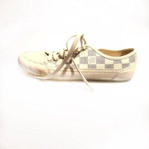 Cream Louis Vuitton Sneaker