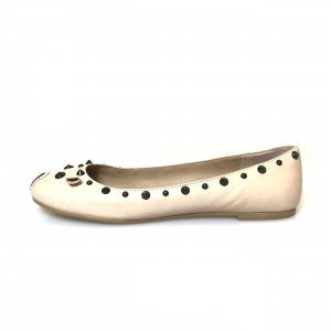 Cream Marc Jacobs Flat