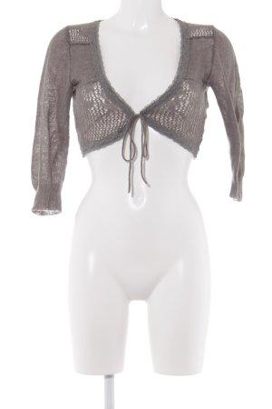 Cream Bolero lavorato a maglia grigio modello web stile casual