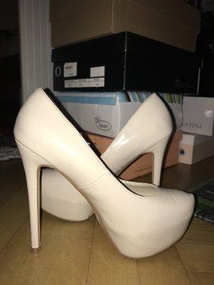 Creme Beige Stöckel Schuhe