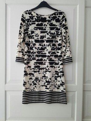 creme-schwarzes Kleid