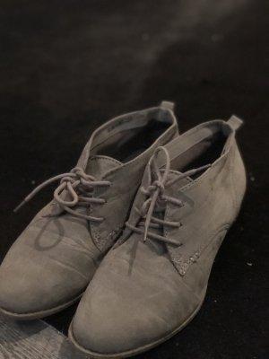 Creme Stiefelchen