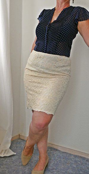 Best Connections Pencil Skirt cream