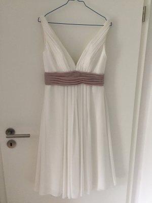 Cremefarbenes Brautkleid von Pure Bridal by romantica in Größe 12