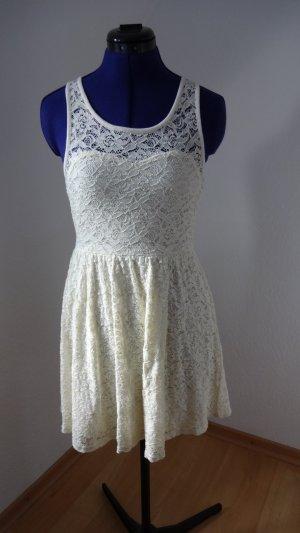 cremefarbenes Kleid von Review