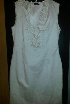 cremefarbiges Kleid von P&C
