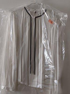 Edited Blusa con lazo negro-blanco puro Viscosa