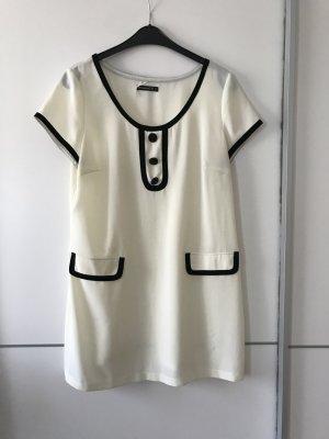 cremeweißes Kleid von Atmosphere