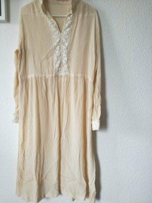 Cremeweißes Vintage-Kleid mit Stickerei