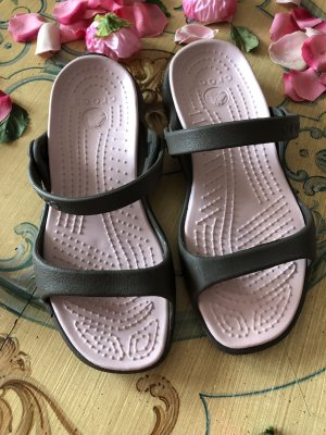 Crocs Beach Sandals pink-khaki