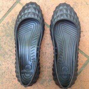 Crocs Ballerinas 37 Molded Flat W7 schwarz black