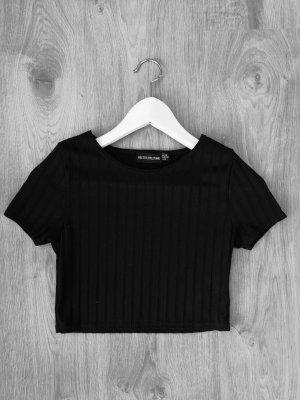 PrettyLittleThing Cropped shirt zwart