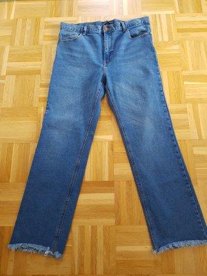 Cropped Flare Jeans von Bershka Gr. 42
