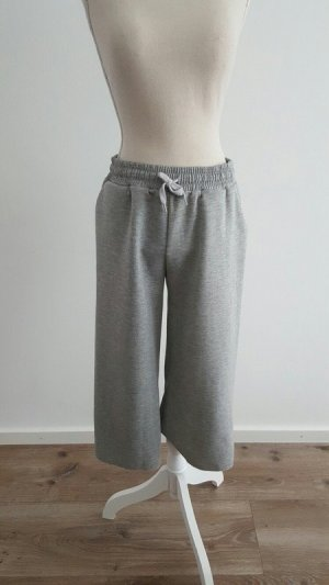 Pull & Bear 3/4 Length Trousers light grey