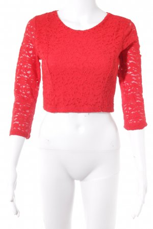 Cropped Shirt brick red flower pattern casual look
