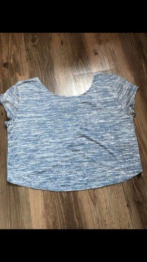 Cropshirt mit schönem Rückenausschnitt