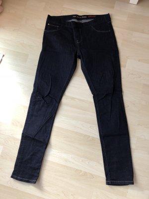 Cross jeans dunkles blau 1mal getragen wie neu