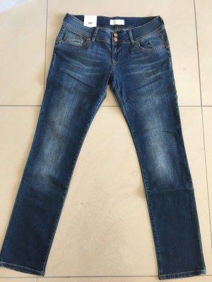 Cross Jeans NEU