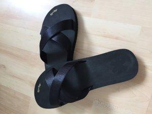 Cross neo Flip Flops, 39