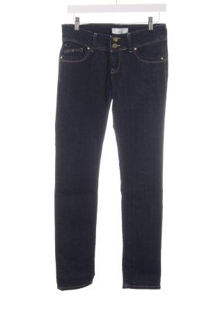 Cross Skinny Jeans dark blue casual look