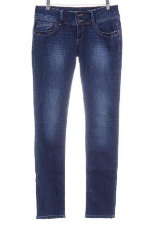Cross Slim Jeans dark blue casual look