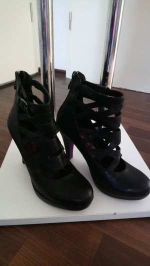 Cut Out Ankle Boots Stiefeletten