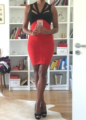 Stretch jurk zwart-rood
