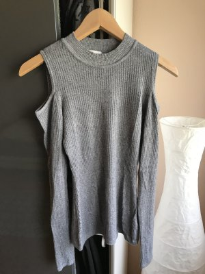Cut-Out Basic Shirt