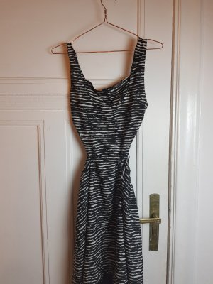 cut out kleid zebralook