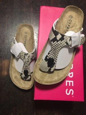 Cypres Toe-Post sandals light grey-black