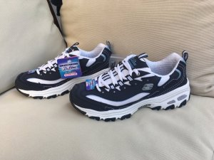 Skechers Sneaker stringata bianco-blu scuro
